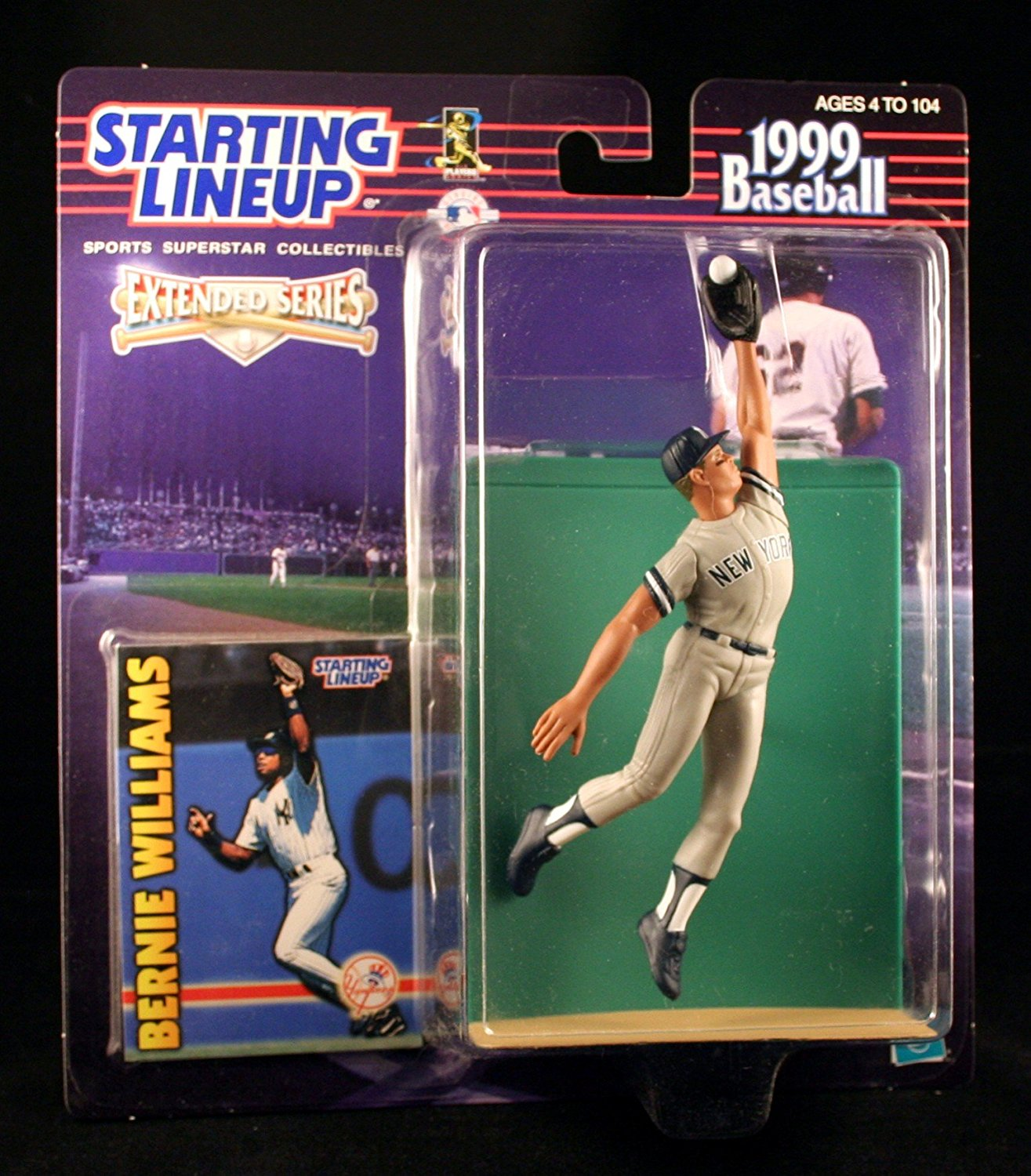 BERNIE WILLIAMS / NEW YORK YANKEES 1999 MLB Extended Series Starting Lineup Action Figure & Exclusive Collector Trading Card