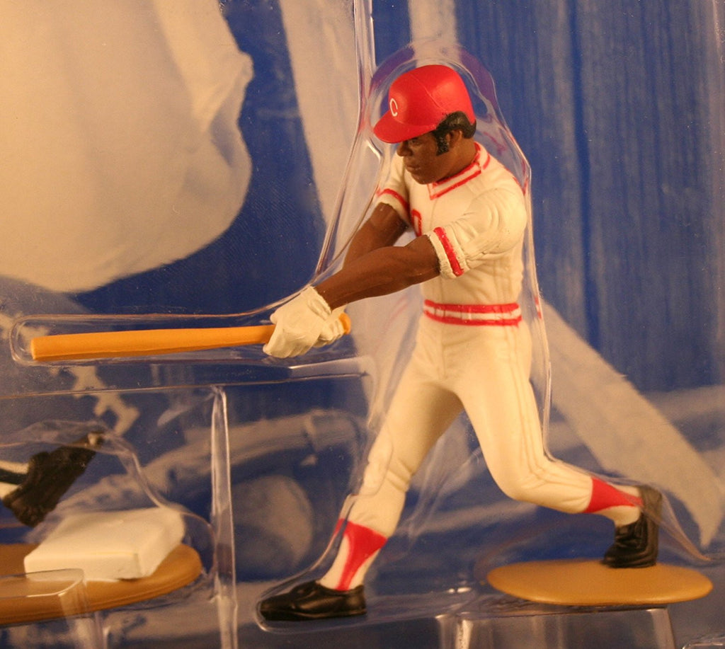 KEN GRIFFEY JR. / SEATTLE MARINERS & KEN GRIFFEY SR. / CINCINNATi REDS 1997 MLB Classic Doubles * Winning Pairs Series * Starting Lineup Action Figures & Exclusive Collector Trading Cards