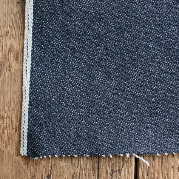 Style W531 : 13.50 oz. Selvage with Navy ID