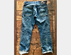 Style W211 : Red Selvage Heavyweight Denim