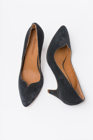 GWEN Velour Night Blue Pump