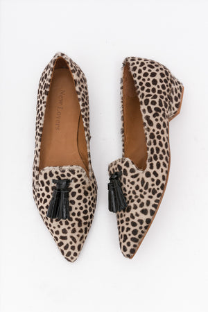 LEVITT Cheetah Pointed Loafers
