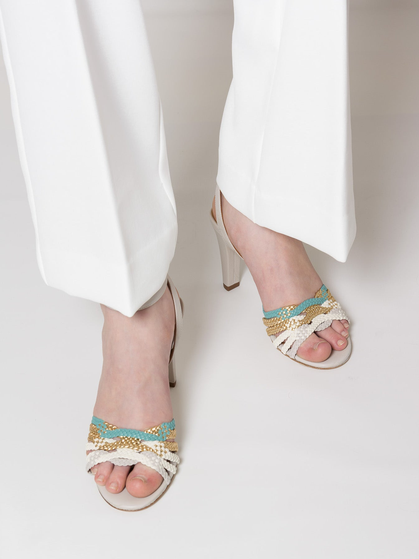NEITH Braided Grey Sandal