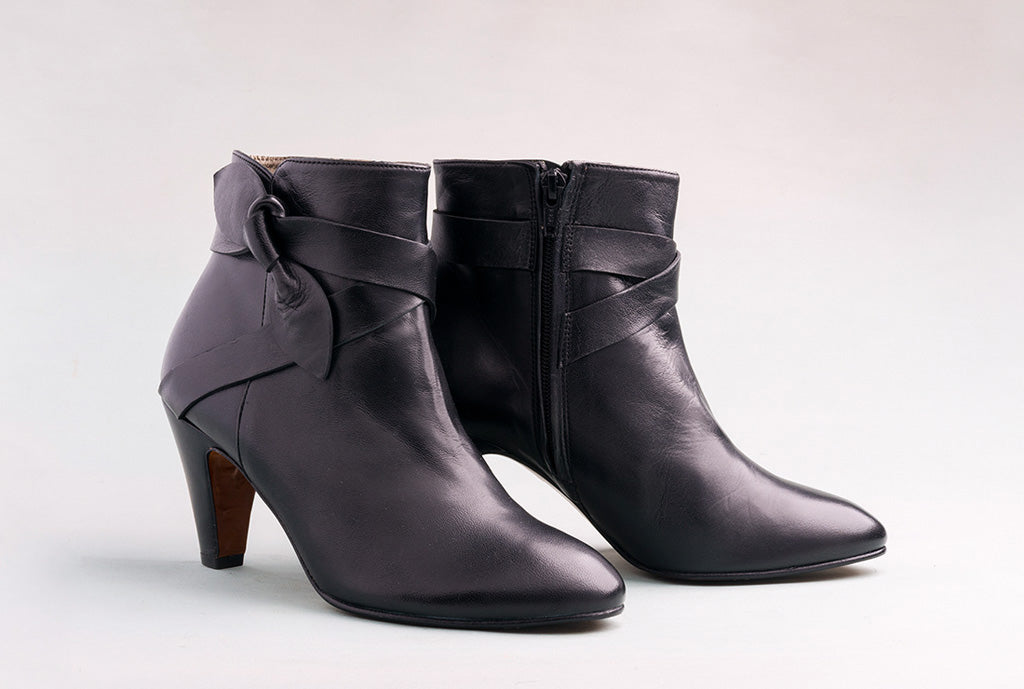 OLVERA High Heel Black Boot