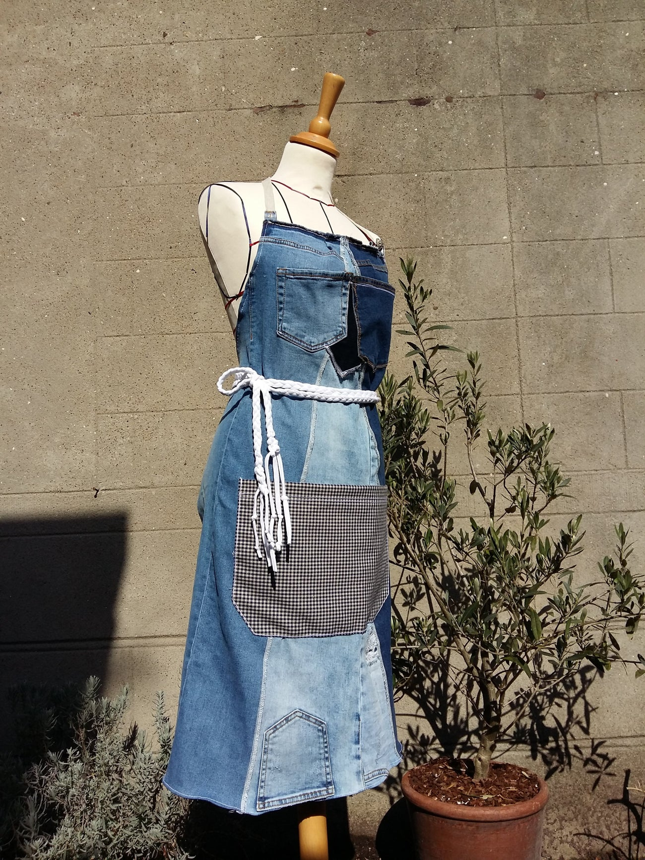 atelier couture initiation cours machine coudre lille tourcoing zero dechet RECYCLAGE JEANS tablier