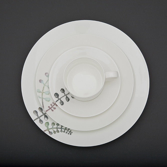 Oyyo Petal Large Plate (D)
