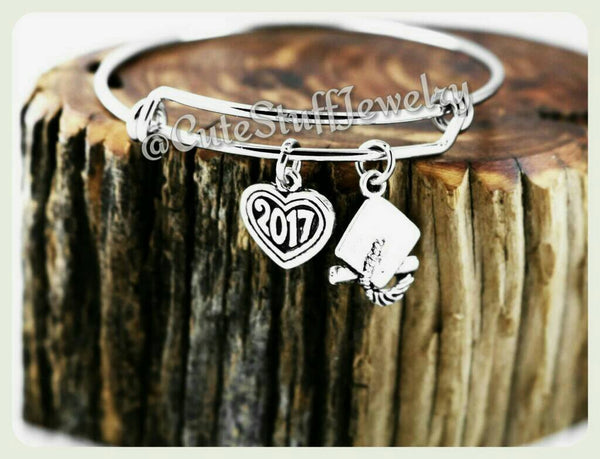 Class of 2017 Bracelet, Class of 2017 Bangle, Graduation Bracelet, Handmade Graduate Jewelry, Graduation Gift, Grad Gift, 2017 Heart