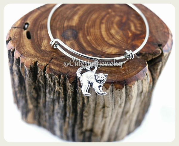 Halloween Cat Bangle, Halloween Cat Bracelet, Scaredy Cat Bangle, Handmade Halloween Jewelry, Halloween Bracelet, Halloween Bangle Gift