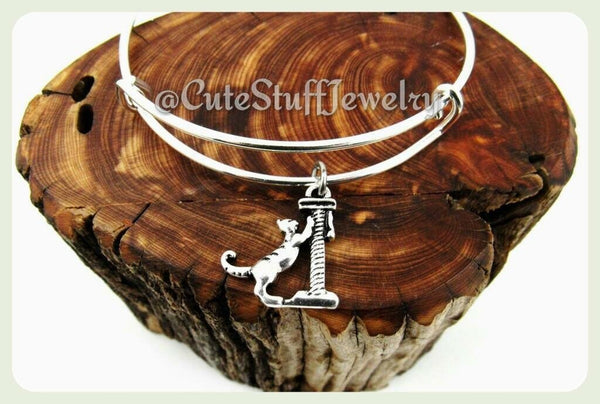 Scratching Cat Bangle, Adjustable Cat Bracelet, Cat Bangle, Kitty Cat Bracelet, Handmade Cat Jewelry, Mew Bangle, Mew Bracelet, Cat Lady, Ki