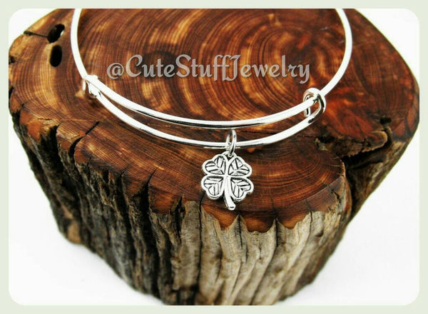 St Pattys Day, Four Leaf Clover Bracelet, Luck of the Irish, Shamrock Bangle, Lucky Shamrock Bracelet, Handmade Lucky Bracelet, Good Luck