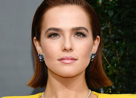 Get Zoey Deutch's Golden Globes Look