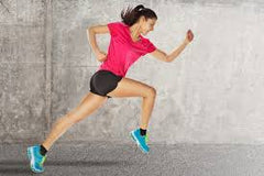 woman sprinting - masterthebody.com