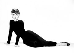 Audrey Hepburn wearing some of the first modern leggings - Rising Star Leggings
