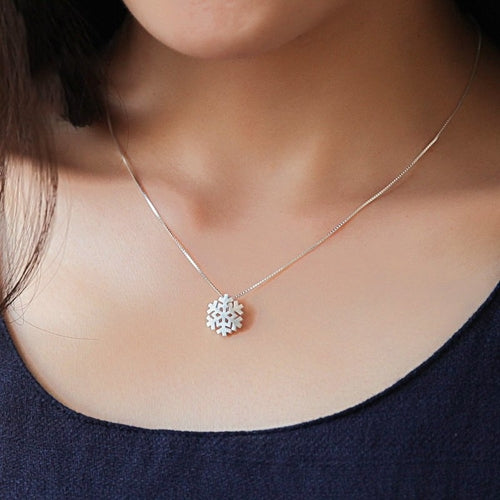 Snowflake Pendant Necklace - Rising Star Leggings