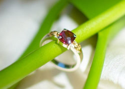 nagicia-lotus-heart-garnet-ring