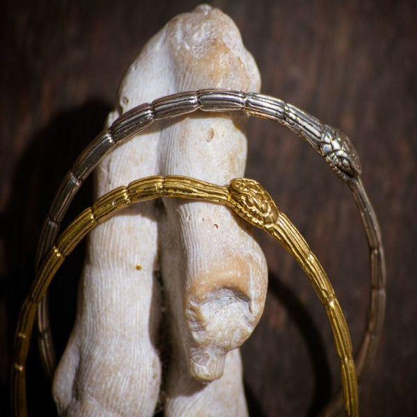 nagicia-ouroborous-bangle-hand-made-in-bali