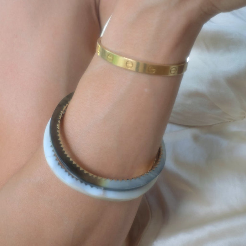 Mother-of-Pearl Bangles-nagicia-jewelry-handcrafted-in-bali