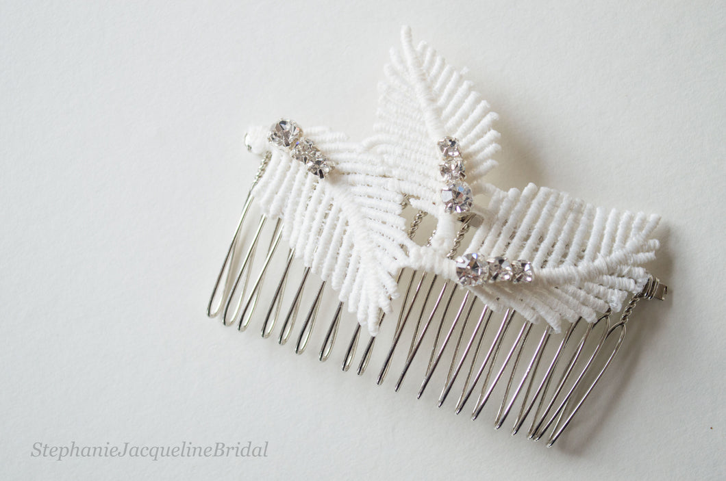 Sabrina hair comb with silver crystals