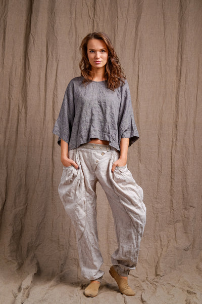 high quality linen, grey tank top, pocket pants