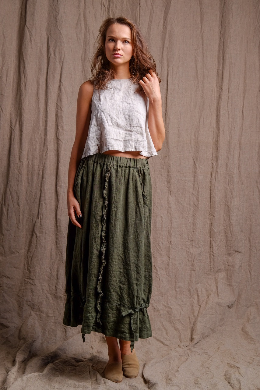 green dyed long skirt, lovely casual outfit