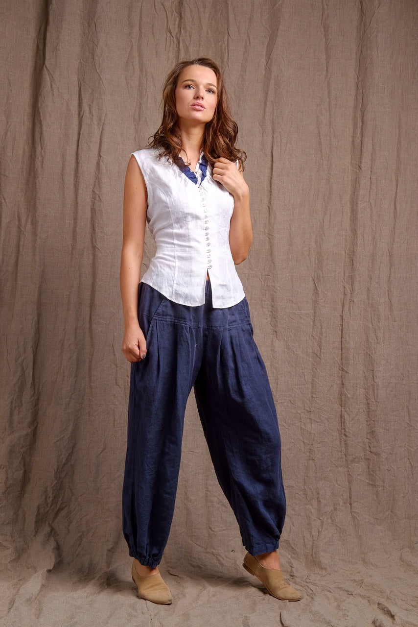 linen white top and navy linen pants, casual and classy outfit