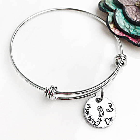 Mommy to be, Pregnancy Gift, New Mom Bracelet, Baby Shower Gift - Lasting Impressions CT
