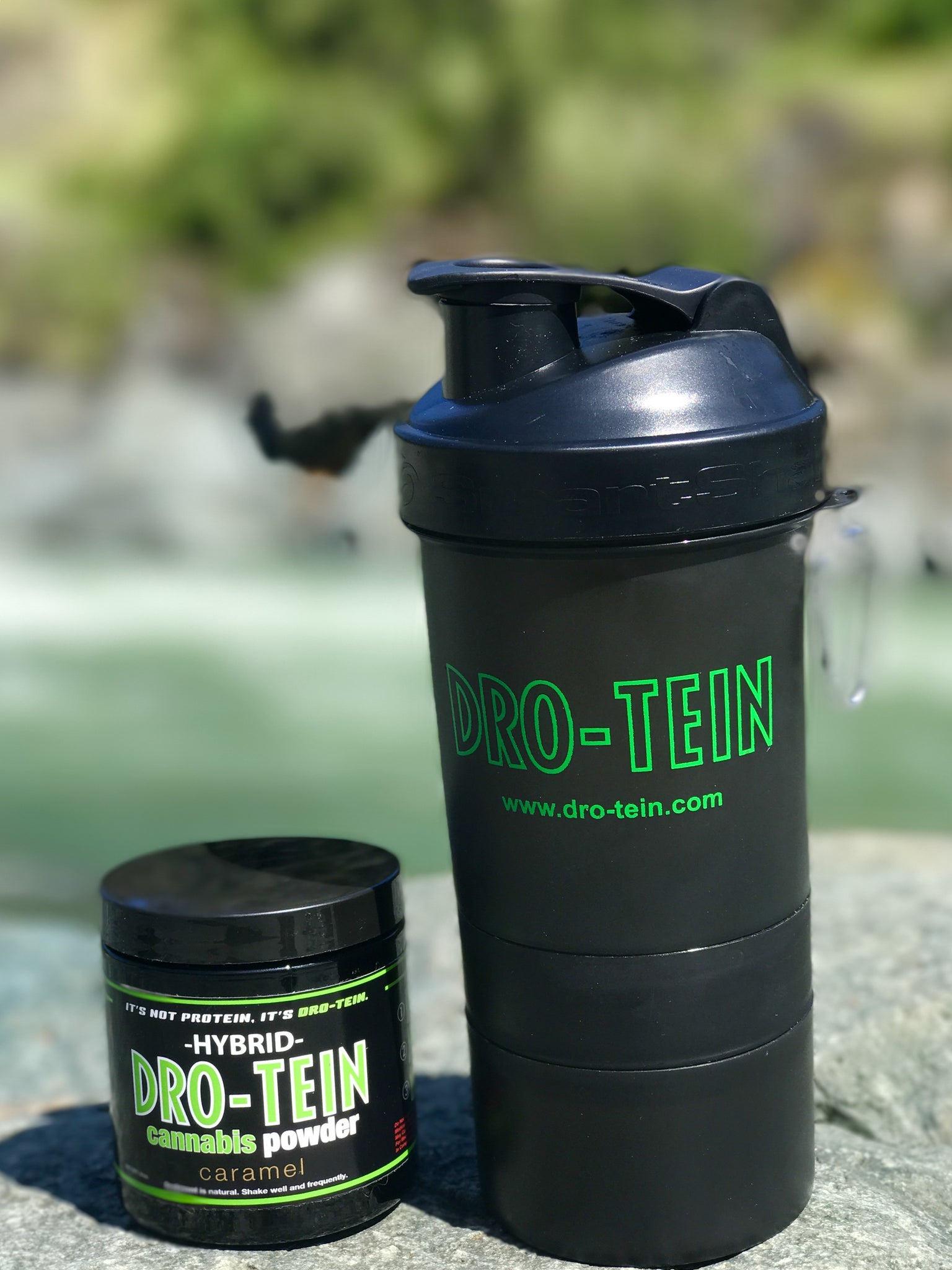 Dro-tein Shaker Bottle