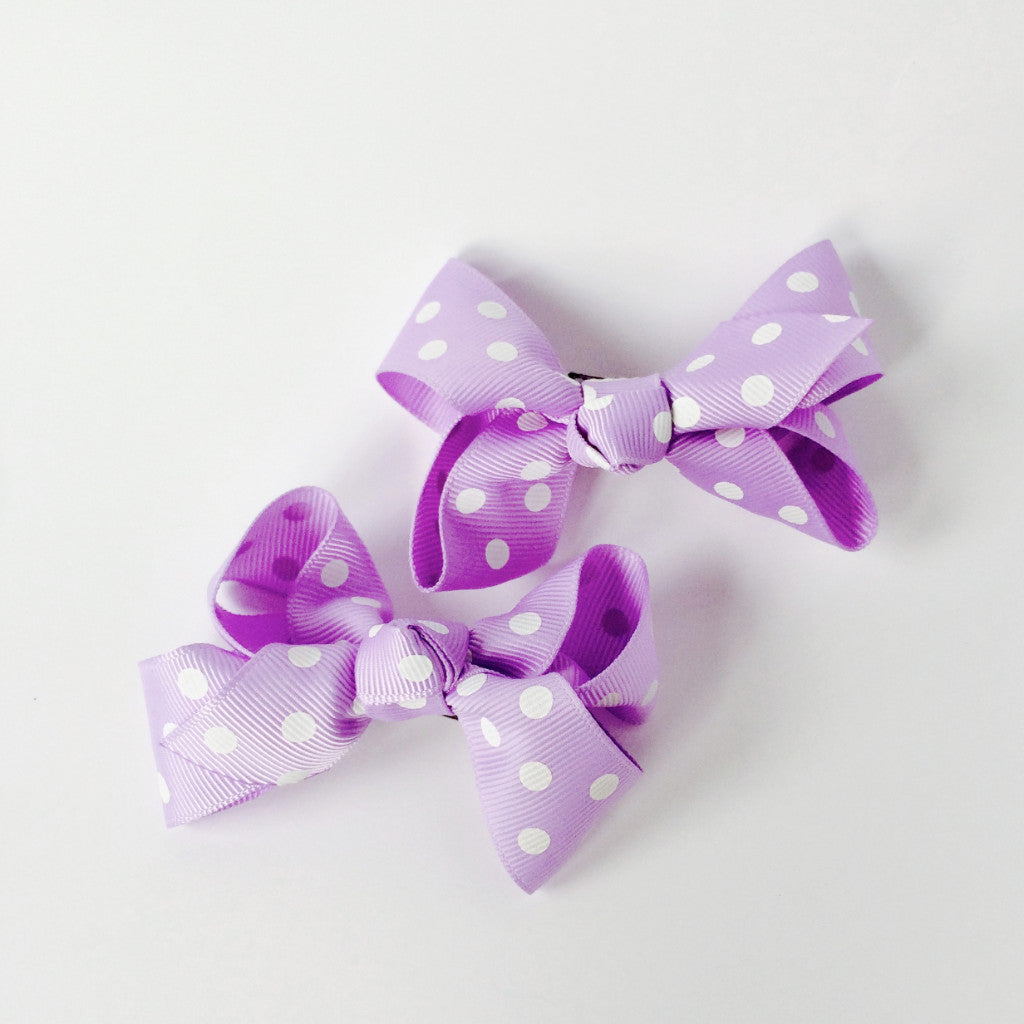 "Girls Set of 2 Cross Grain Ribbon Hair Bow Clips 3.1"" Long- Purple with Dots"