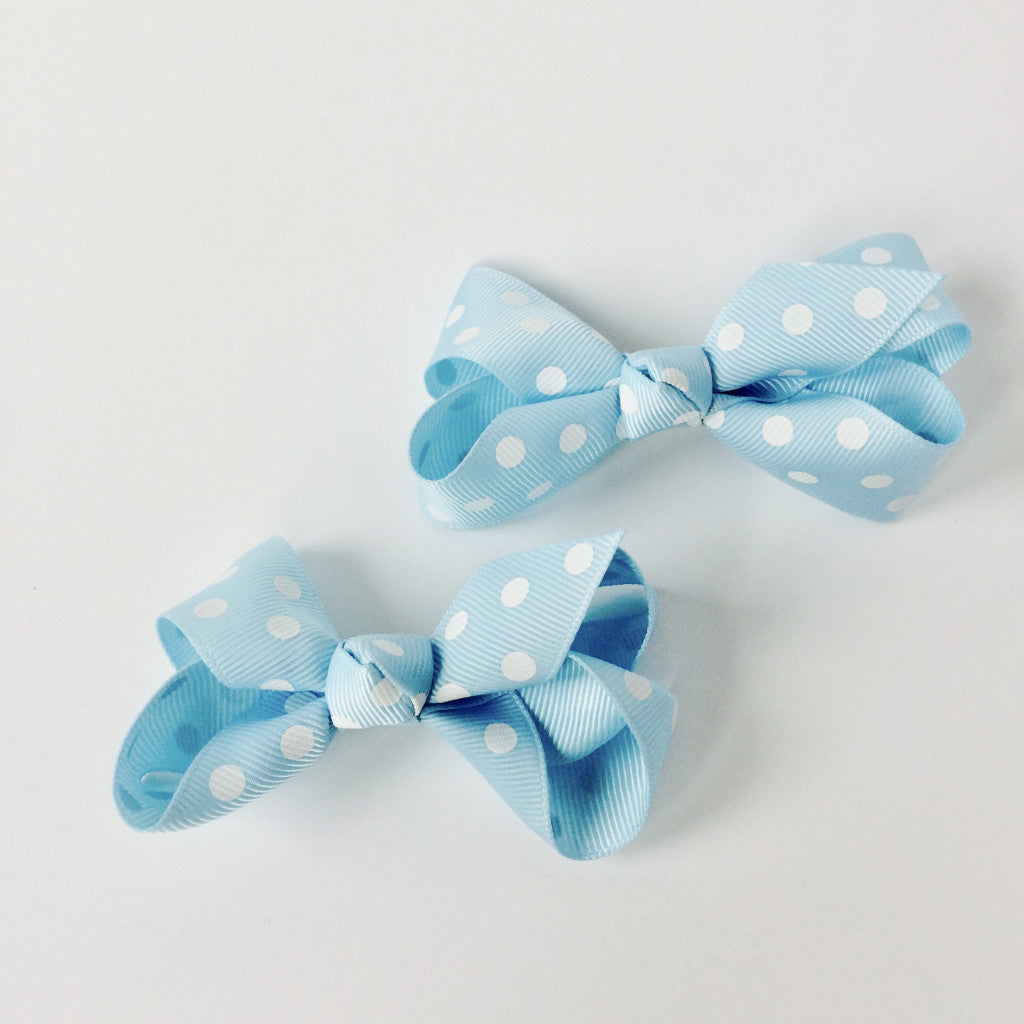 "Girls Set of 2 Cross Grain Ribbon Hair Bow Clips 3.1"" Long- Baby Blue with Dots"