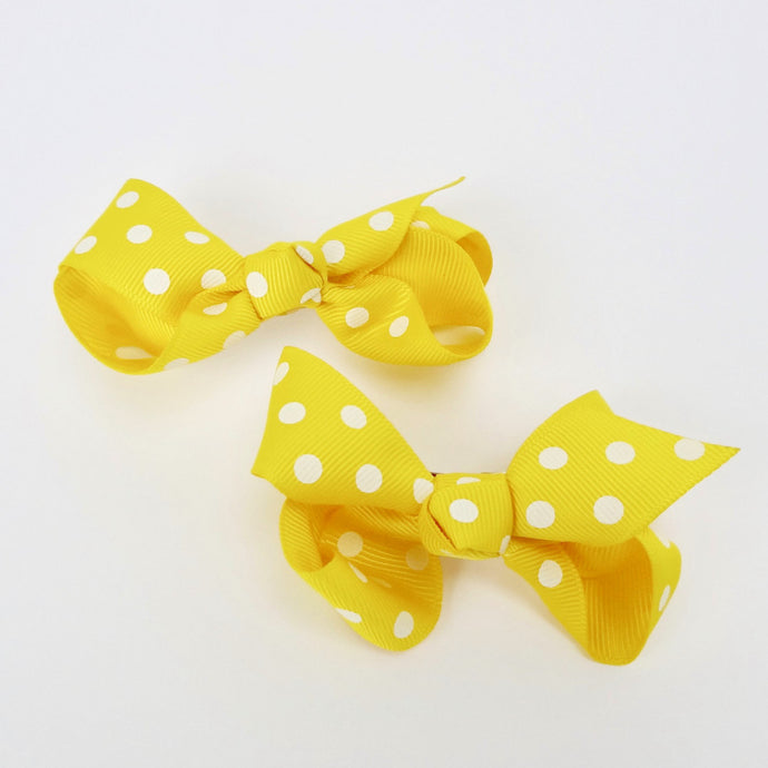 "Girls Set of 2 Cross Grain Ribbon Hair Bow Clips 3.1"" Long- Yellow with Dots"