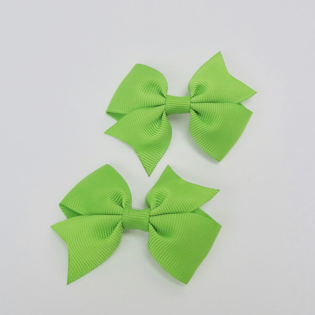 "Girls Set of 2 Cross Grain Ribbon Hair Bow Clips 2.8"" Long- Green"