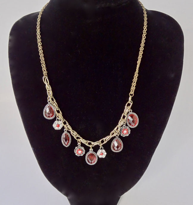 Light Red Rhinestone Vintage Style Necklace