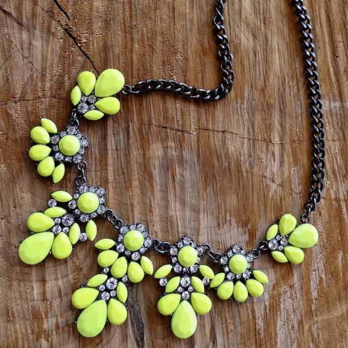Bright Yellow Black Chain Fashion Necklace