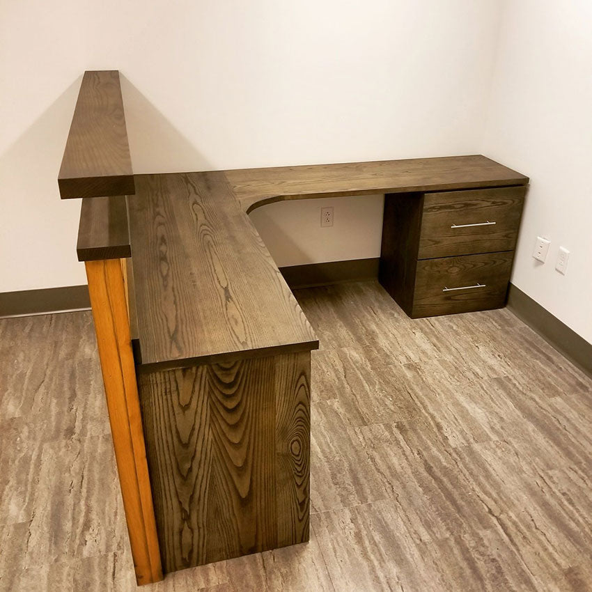 FIVE REASONS TO CONSIDER A CUSTOM TABLE FOR YOUR OFFICE