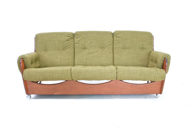 MID CENTURY 'SADDLEBACK' SOFA AND LOUNGE CHAIRS BY G PLAN