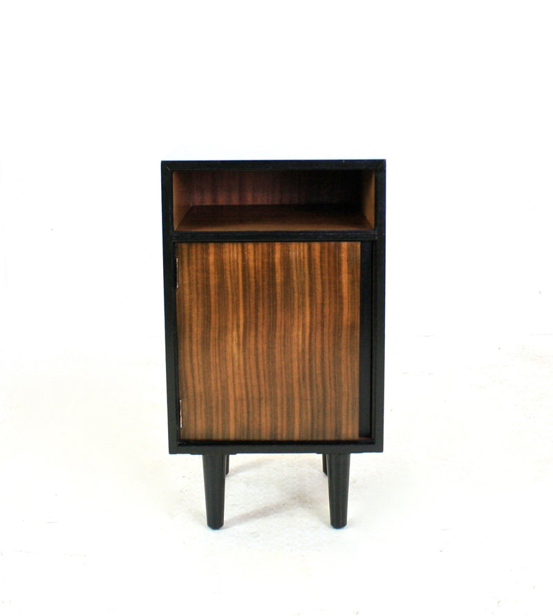 PAIR OF NIGHTSTANDS BY JOHN AND SYLVIA REID FOR STAG FURNITURE