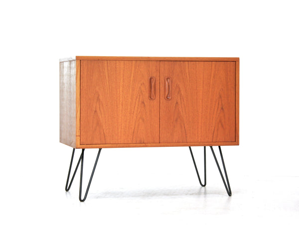 MID CENTURY NIGHT STAND BY V.B WILKINS FOR G PLAN