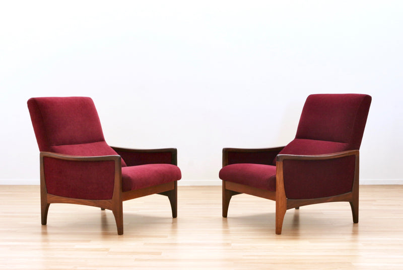 PAIR OF MID CENTURY LOUNGE CHAIRS BY G PLAN