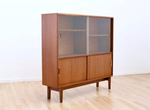 MID CENTURY CHINA CABINET BY BEAVER & TAPLEY OF LONDON