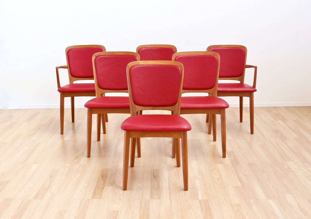 MID CENTURY DINING CHAIRS BY KOEFOEDS HORNSLET (X6)