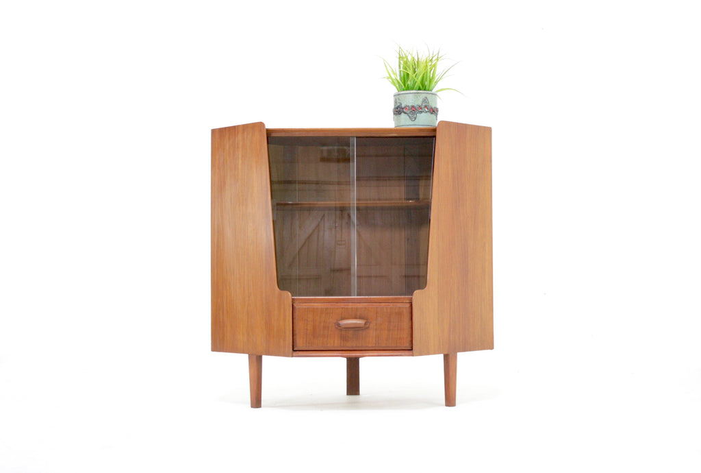 Mid Century Corner Unit By Wrighton Furniture