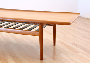 DANISH MODERN COFFEE TABLE BY GRETE JALK FOR GLOSTRUP