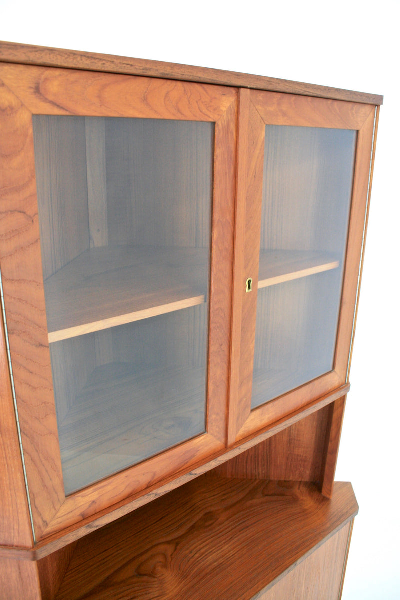 MID CENTURY DANISH TEAK DISPLAY CABINET