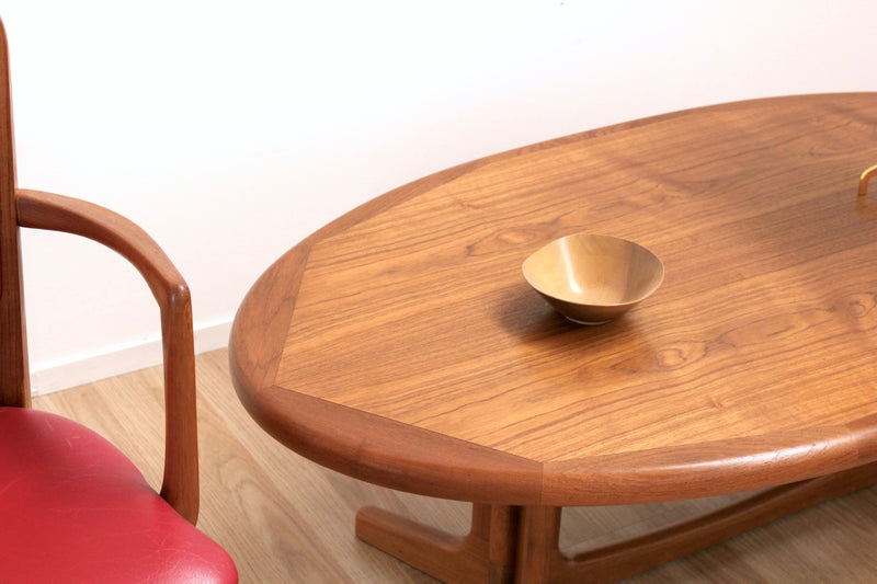 MID CENTURY COFFEE TABLE BY DYRLUND OF DENMARK