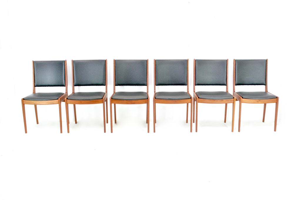 Set Of 6 Johannes Andersen Chairs For Uldum Mobelfabrik