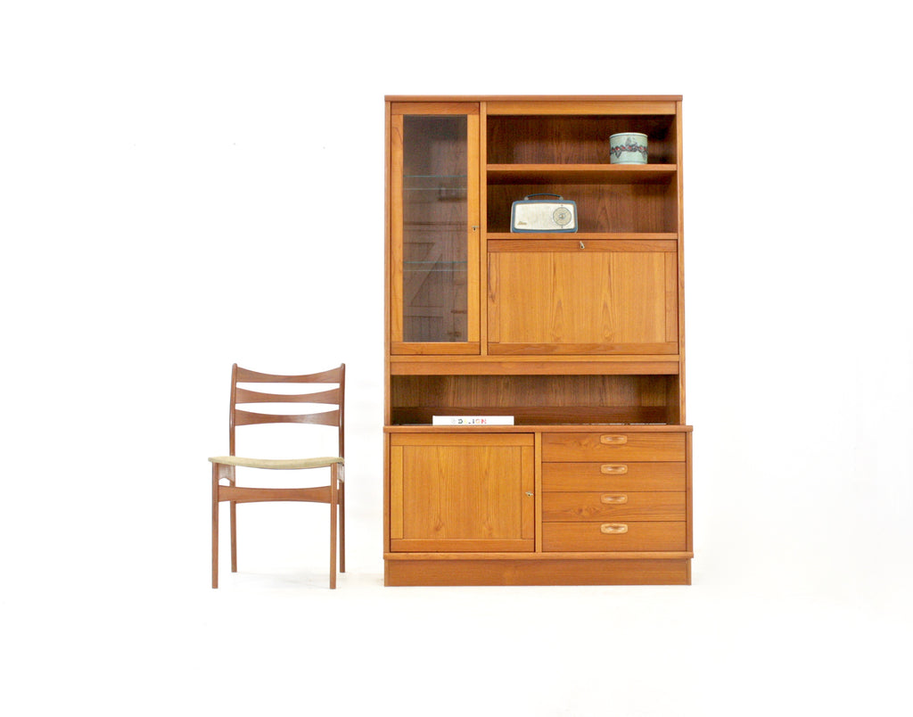 Mid Century Display/Bookcase Danish