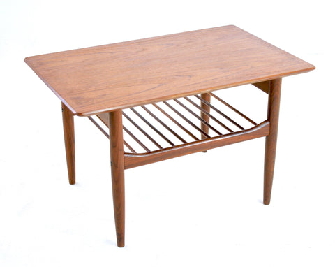 MID CENTURY COFFEE / END TABLE BY I.B KOFOD LARSEN