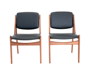 MID CENTURY CHAIRS BY ARNE VODDER FOR VAMO SONDERBORG