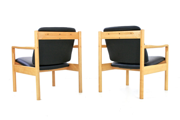 MID CENTURY LOUNGE CHAIRS BY ERCOL