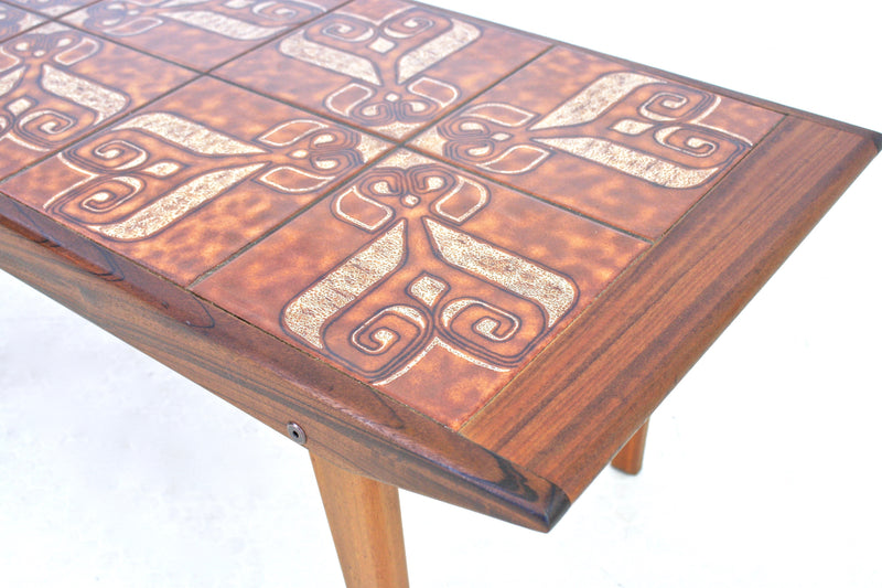 MID CENTURY DANISH COFFEE TABLE/END TABLE